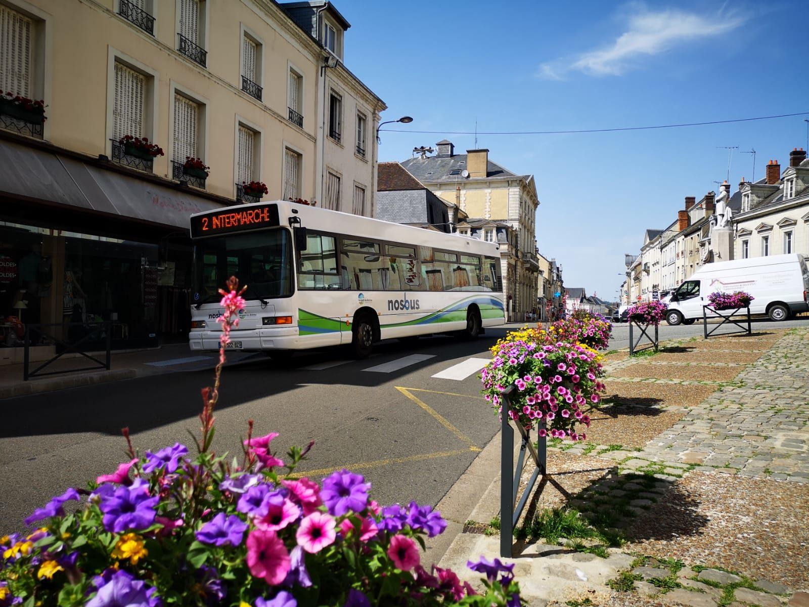Photo d'un bus du réseau de bus NOSBUS de Nogent-le-Rotrou